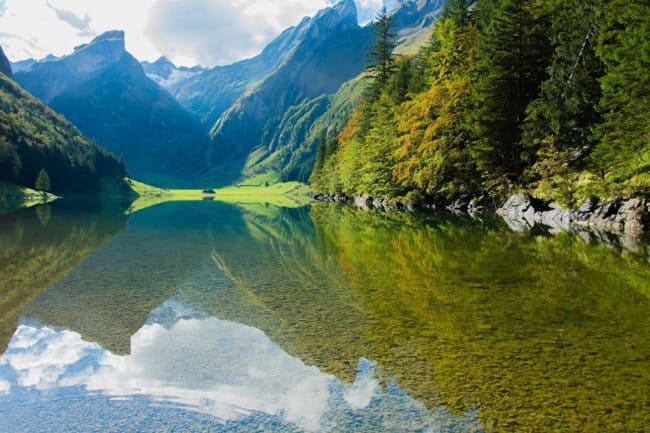 Stunning Mountains and rivers in Slovenia, come and rest your eyes on the lush green color